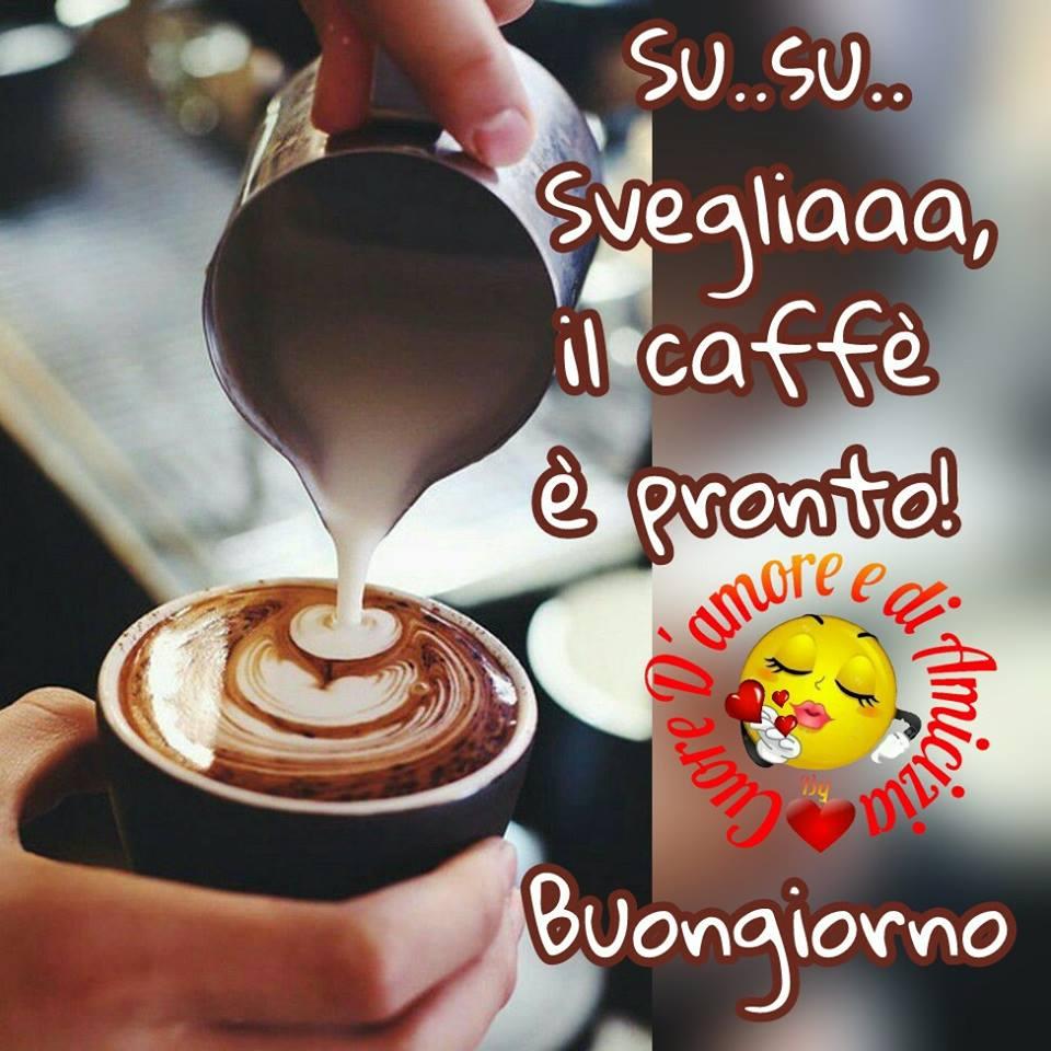 Il caffè è pronto! Buongiorno