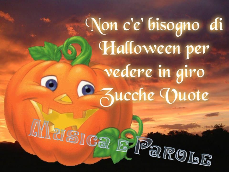 non c'è bisogno di Halloween per vedere in giro Zucche Vuote